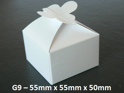 G9 - Small Box with flower closure - 55mm x 55mm x 50mm