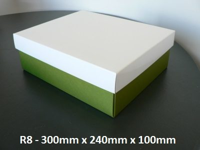 R8 - Rectangle Box with Lid - 300mm x 240mm x 100mm